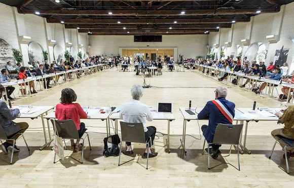 Chambéry : les esprits s'échauffent autour de projets majeurs lors du dernier conseil municipal avant la trêve estivale