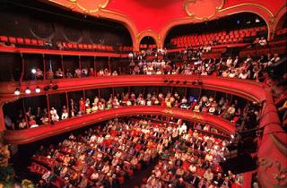 Aix-les-Bains : comment le théâtre du Casino et les artistes s'adaptent aux nouvelles normes sanitaires