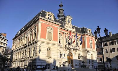Démocratie, amabilités et échanges polis en conseil municipal de Chambéry