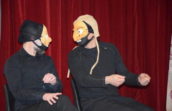 Témoignage de Manon Garde, chargée de développement à Accueil Savoie Handicap, sur notre projet théâtre de masque